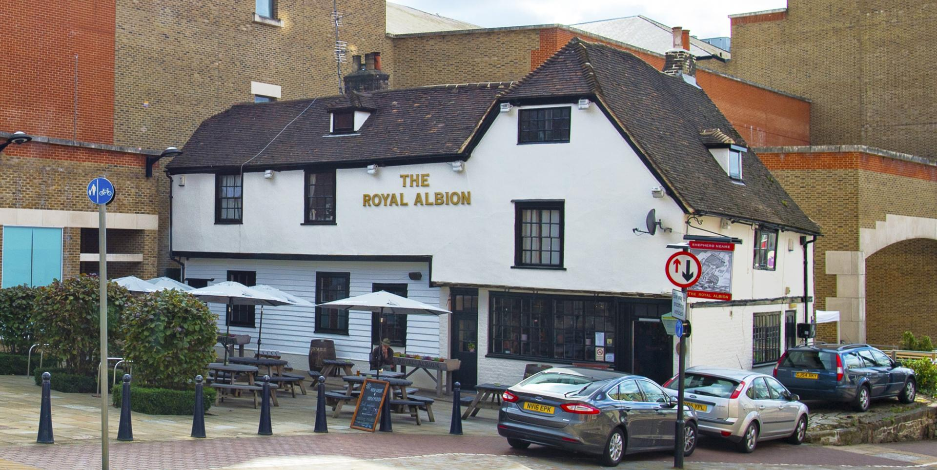 Royal Albion, Maidstone